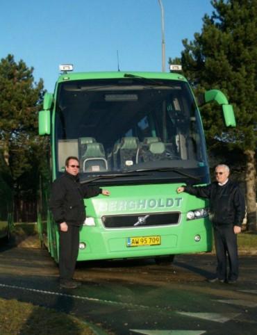 40 års bus Bergholdt A/S over 40 års erfaring med buskørsel 40 års bus